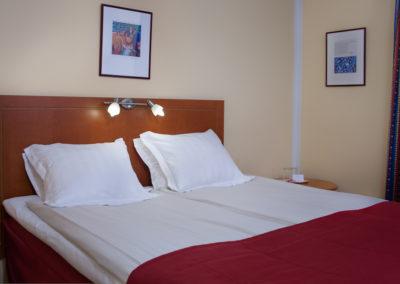 _CHE8379 - queen room
